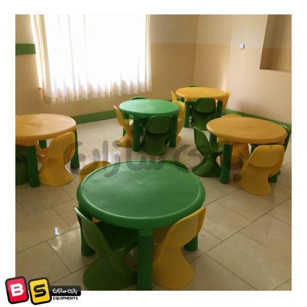 ترکیب میز چیکو و صندلی رامو