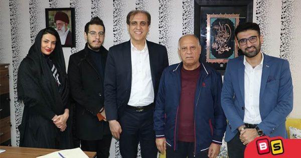 در کنار کار آفرین بزرگ آقای محمد حسن رجبعلی بنان در خیریه ورد آورد