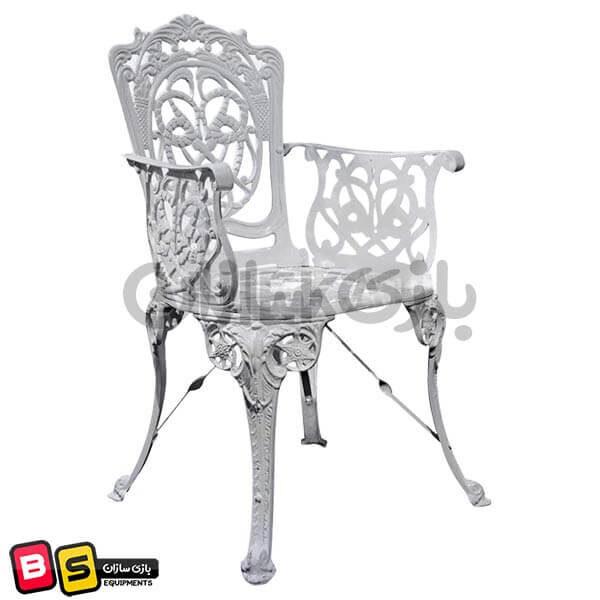 صندلی ویلایی طرح مرغابی سفید